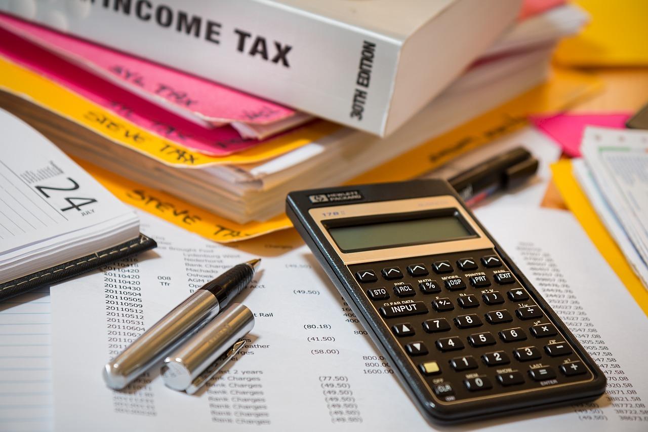 calculator venituri taxe calcule salarii pixabay.com