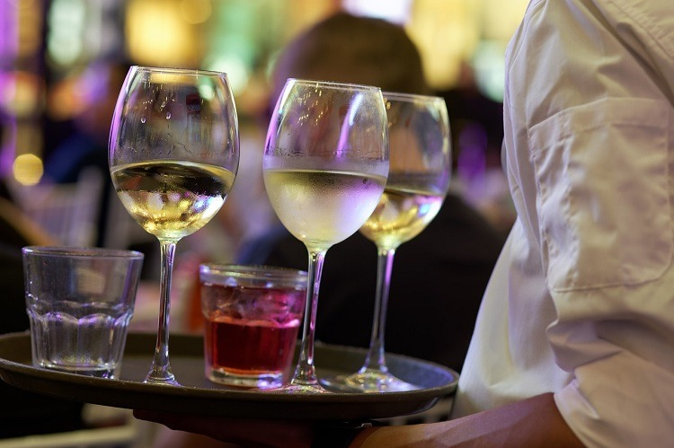chelner, vin, bauturi, restaurant