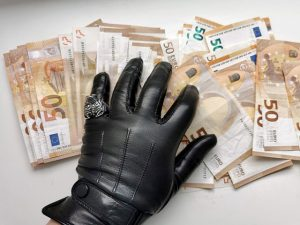 coruptie. bani. pixabay