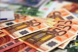 abundance-bank-bank-notes-banking-259249-scaled-e1587629951898