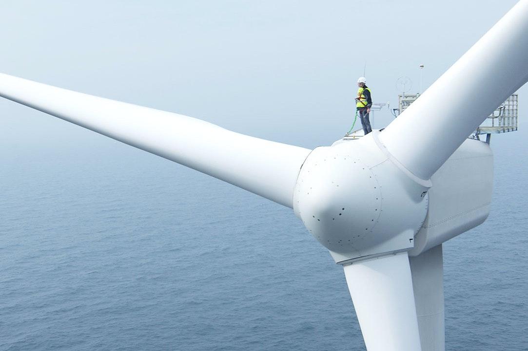 Turbina eoliana offshore FOTO International Energy Agency