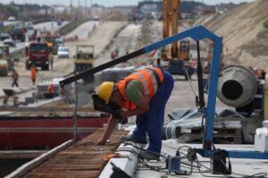 constructii, santier, infrastructura, autostrazi, muncitori