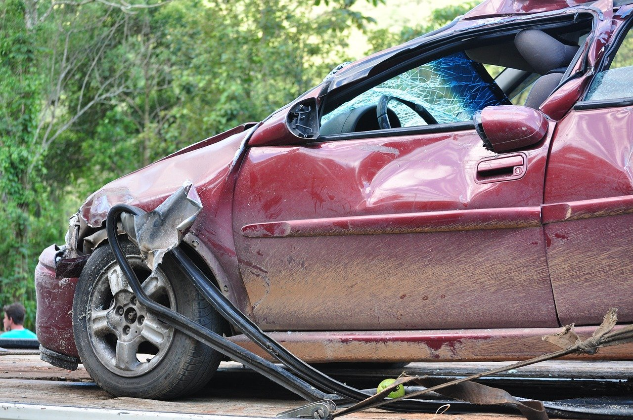 masina, accident, asigurare auto, service