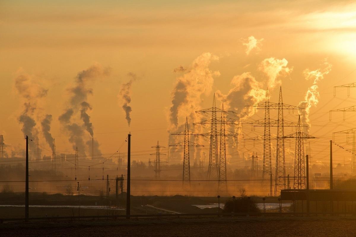poluare centrala energie electrica foto pexels-pixabay