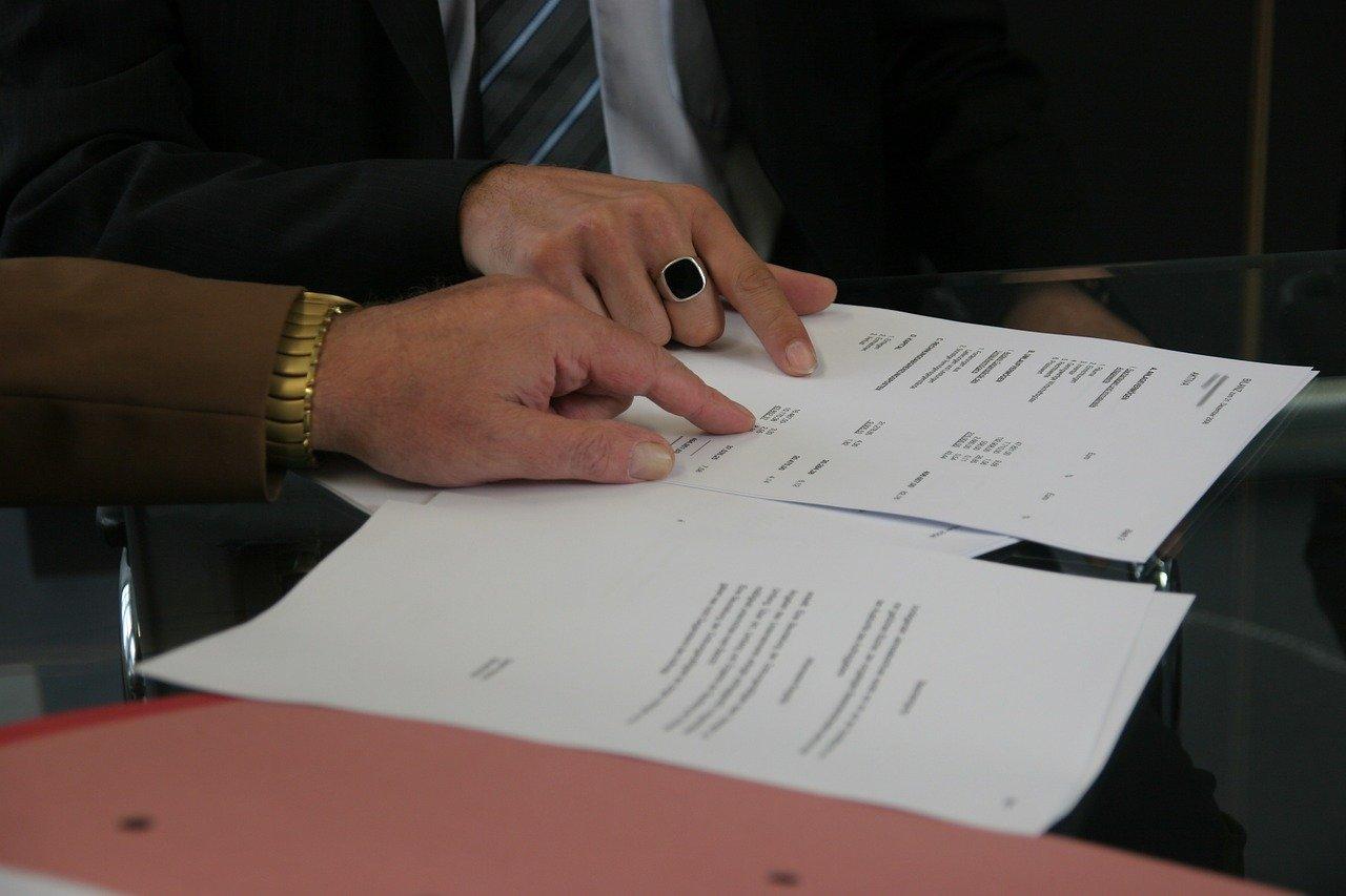 semnare contract pixabay