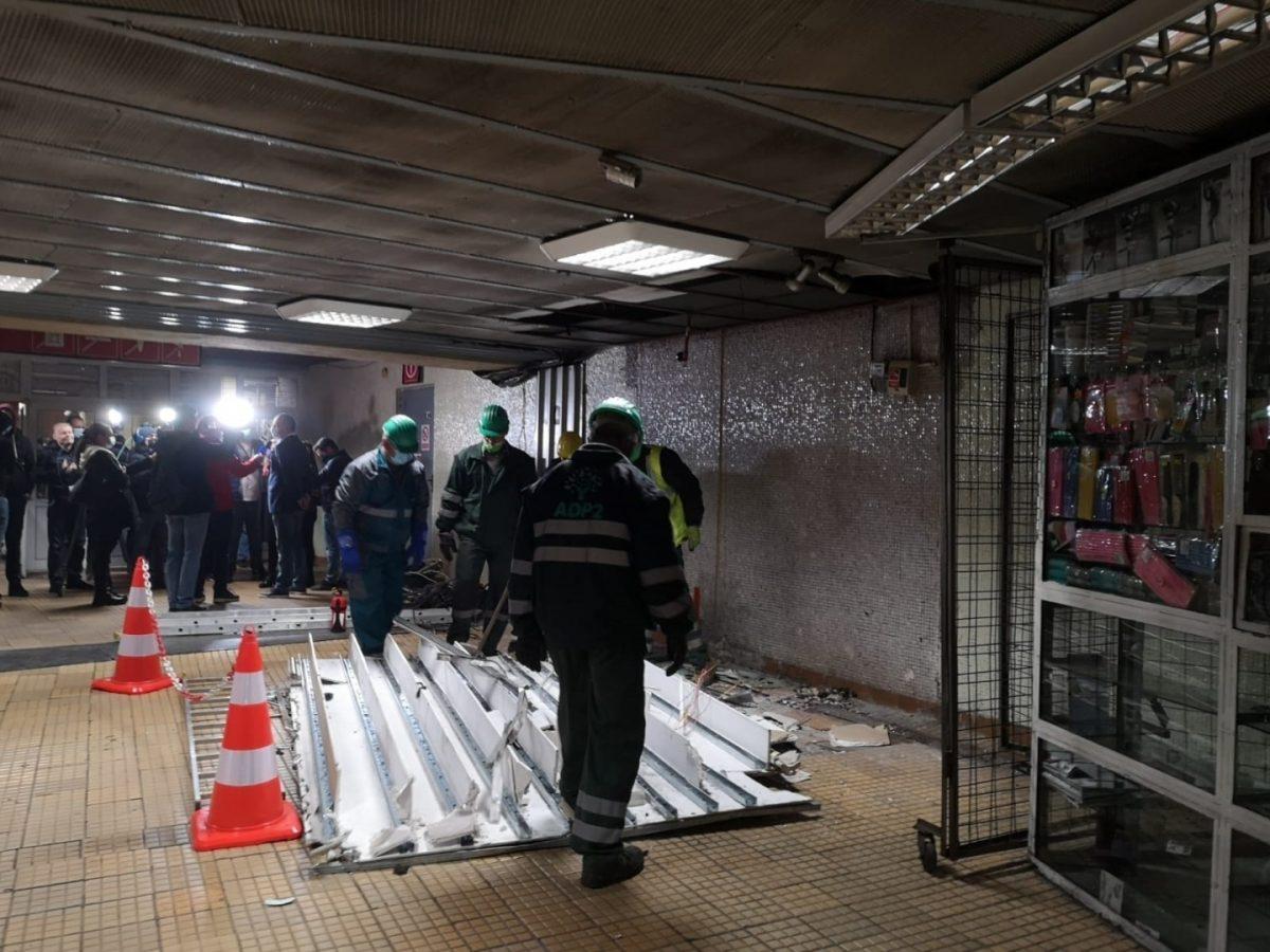 Demolare spatii comerciale metrou