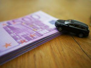 masina, auto, bani, euro, asigurare
