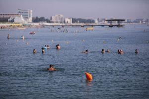 Mamaia, turisti, litoral, Marea Neagra