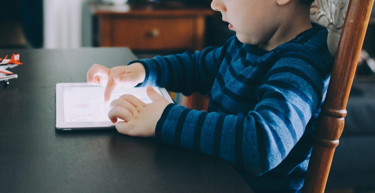 copil, tableta, digital