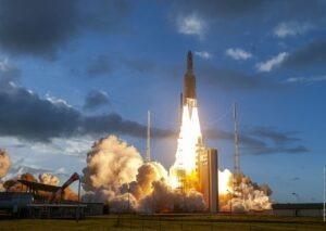 Ariane lansare