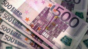 euro, 500 de euro, bani, bancnota, valuta, money, spalare de bani, infractiune, furt, evaziune fiscala