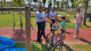 Copii-pe-biciclete-FOTO-Politia-Romana