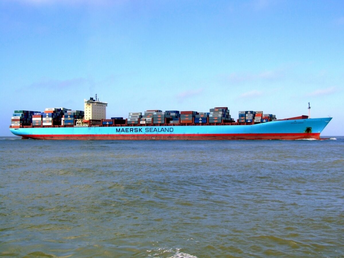 Nava container Maersk